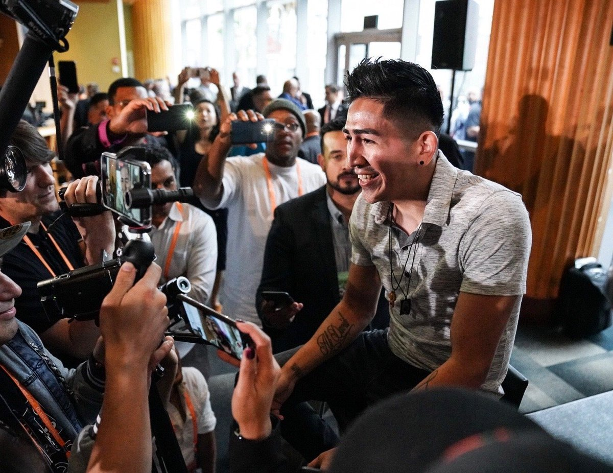 """test Twitter Media - """"I know Flores is really tough, but if everything goes great in this fight I want the big names - Gervonta Davis or Gary Russell Jr."""" -@leosantacruz2   #SantaCruzFlores #WilderOrtiz2 https://t.co/wCsLR8Drsf"""