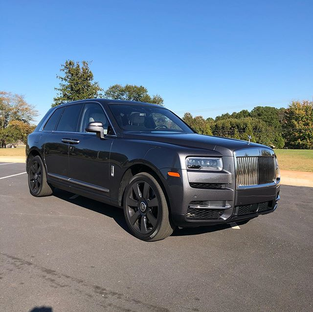 Last car to film today... the most EXPENSIVE suv you can buy... the lavishly appointed 2019 rollsroycecars #Cullinan. Appropriately named after the largest diamond 💎 ever mined, this bespoke gray example stickers for just under $410,000 and apparently #RollsRoyce dealers can't s
