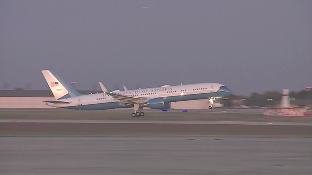 Air Force One takes flight at sunset from Andrews en route Monroe, LA, where Pres will address 3rd campaign rally in 6 days.