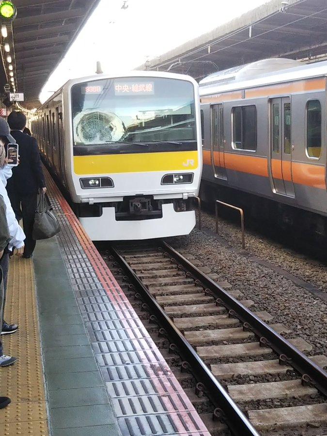 中央線の吉祥寺駅の人身事故の現場画像