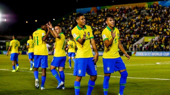 Octavos de Final del Mundial Sub 17 :Brasil eliminó a Chile y pasó a los cuartos de final, tambien avanzaron Mexico, España y Francia (Video)  EIuz9HQXYAIKkmF?format=jpg&name=small