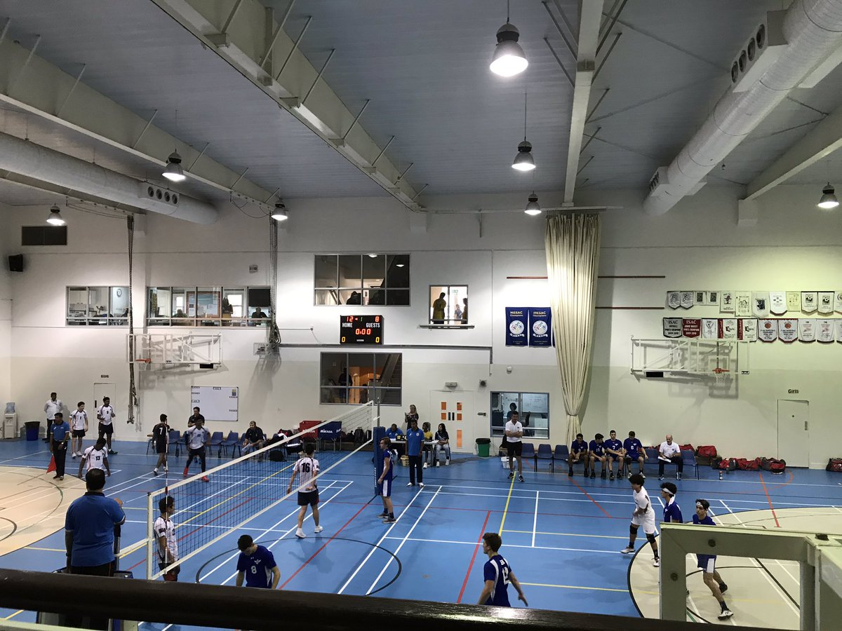 #MESAC volleyball action @ABAWorldSchool #ASDDragons from Doha and #DAAEagles from Dubai #ABAOman https://t.co/1dlD4JK620