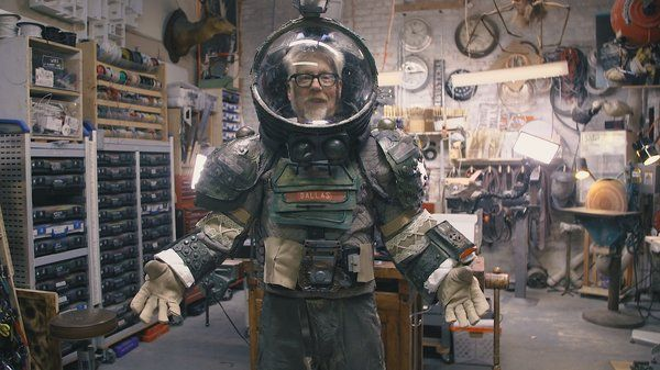 Speaking of the incredible craftspersonship of the North Bergen High School students, heres the Dallas spacesuit they sent @donttrythis for his collection! @NBHS_Bruins bit.ly/2MAvMUf