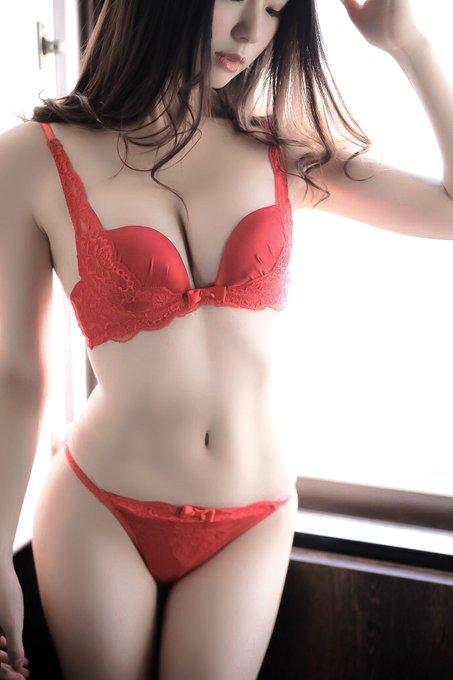 グラビアアイドルくりえみのTwitter自撮りエロ画像60