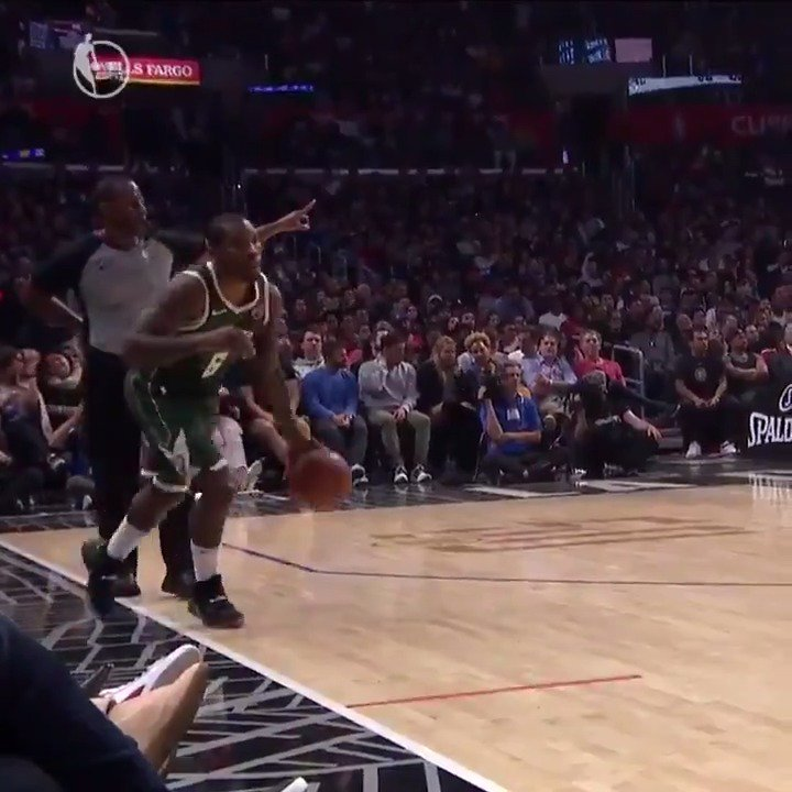 Bucks: Eric Bledsoe forgot to inbound the ball and NBA fans had jokes