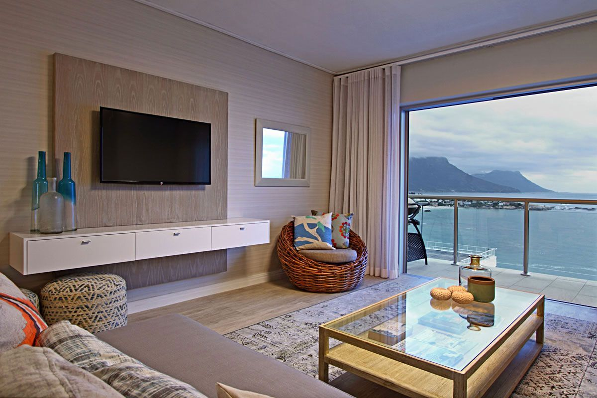 This #Clifton apartment is perfect for a #CapeTown #holiday. With amazing views and 24 hour security your #vacation here will be one to remember. https://buff.ly/2prS1lZ  #DunmoreBlue #travel #rental #getaway #luxury #accommodation #staywithnox #beach #ocean #sunset #beautiful