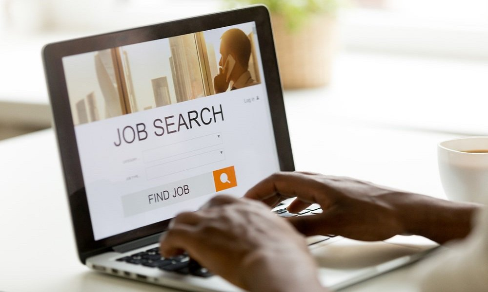 Finding a new job is not easy and requires a lot of time and effort. Make it easier for yourself by adopting some of these strategies from @CareerExpertsUK careerexperts.co.uk/job-searching/…