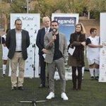 Image for the Tweet beginning: .@DaniCarvajal92 visita la Escuela sociodeportiva