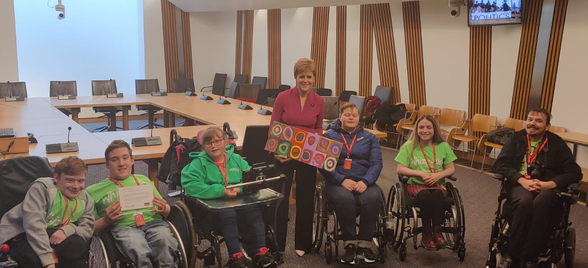 We are really proud to say that one of the art pieces created by members of our Glasgow Whizz-Kidz Club is going up in the office of @NicolaSturgeon Thank you Nicola!