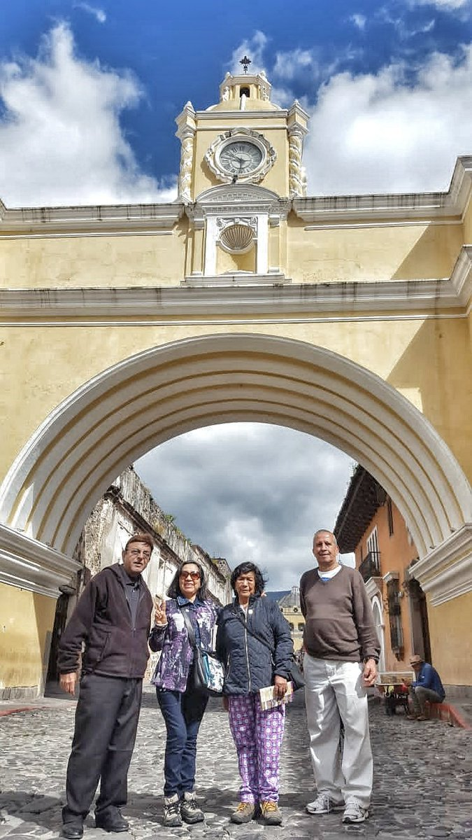Get to know Guatemala's past and present on our one-day tour of both cities. Antigua Guatemala and Modern Guatemala. #Guatemala #Travel #ThingstodoinGuatemala #Experiences #visitguatemala @visitcentroamer @VisitGuatemala @CAMTUR1 @CATA_AgenciaCA