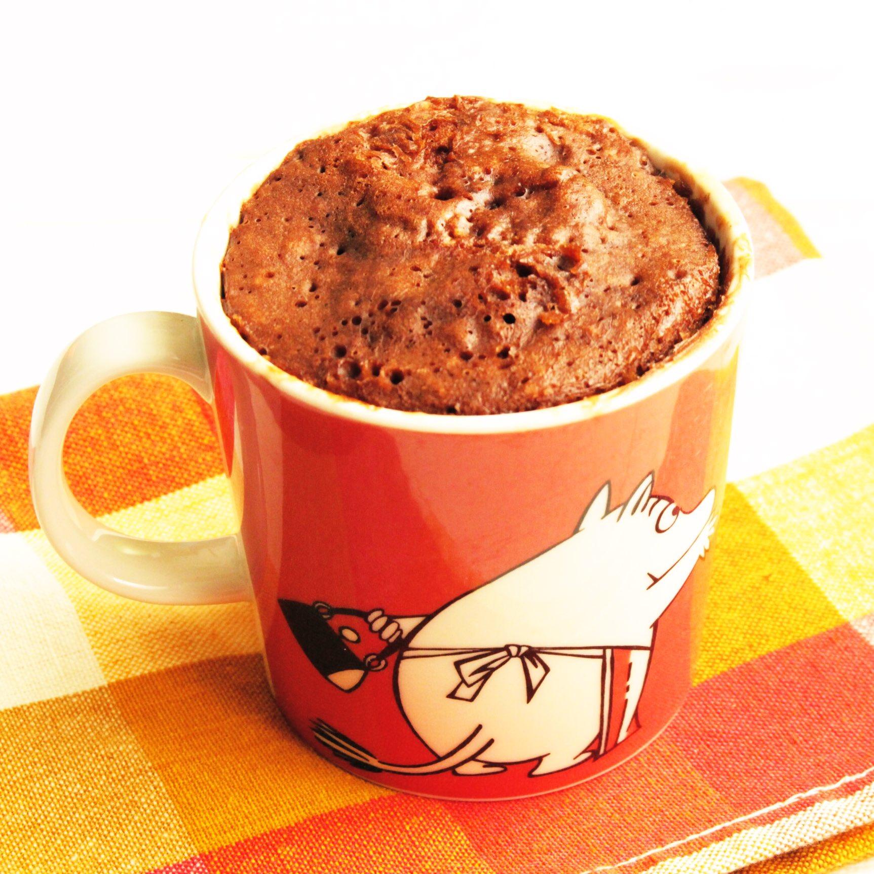 もう普通のガトーショコラには戻れないほどおすすめ...! 材料2つと水だけで作れる奇跡の味! 【濃厚しっとりガトーショコラ風むしパン】 マグに水入れて40秒チン、ミルクココア大さじ2、ミックス粉大さじ5まぜ70秒チンで完成! #ココアの日  ココアが美味し(文字数 ↓