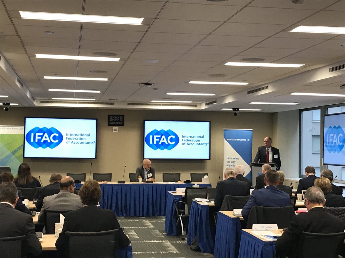 Kevin Dancey opening the @theiirc Council today, a significant opportunity to enhance the corporate reporting system for #investors #companies and #stakeholders @IFAC