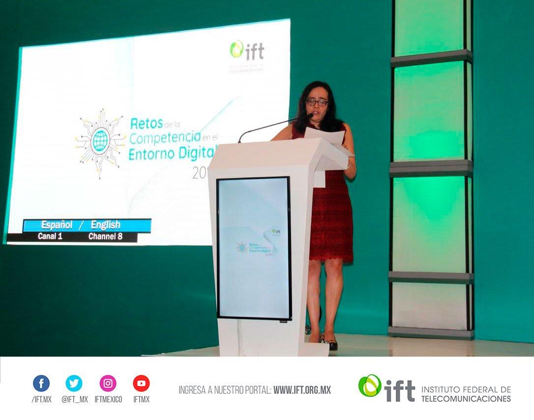 """IFT على تويتر: """"La Titular del Centro de Estudios del @IFT_MX, Rebeca  Escobar Briones, y @gisela_ghi, Directora General de la Jefatura de la  Oficina de Presidencia, participan en la clausura del foro """""""