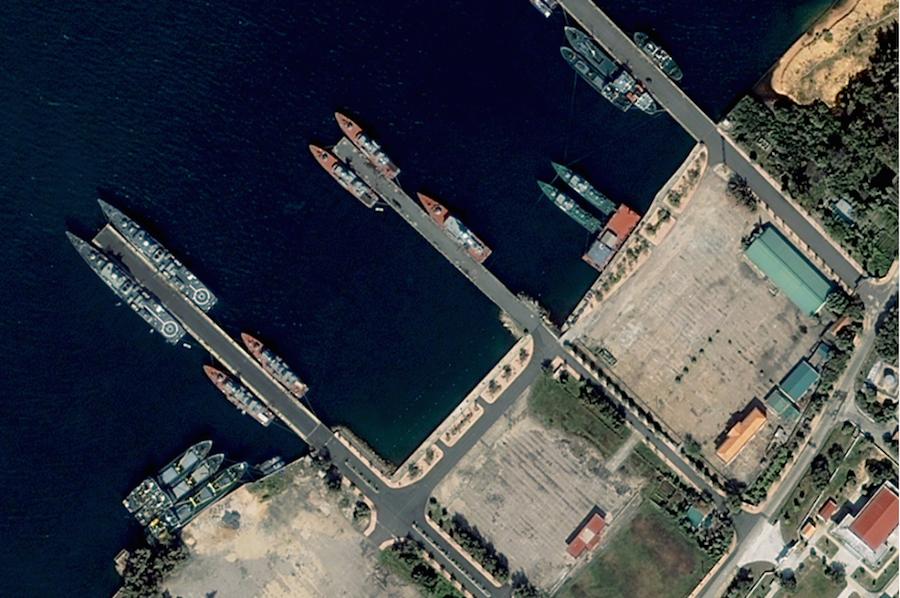 Фото советской военной базы в камрани