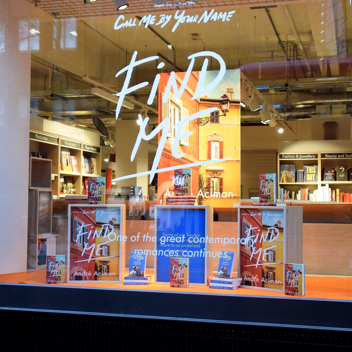 Spotlight on #FindMe—@aaciman much-anticipated sequel to his international bestseller #CallMeByYourName @FaberBooks—in the window of our Charing Cross Road shop 📸 Grab the gorgeous new chapter in Elio and Oliver's story today! Signed bookplate editions >> bit.ly/36IkHrI