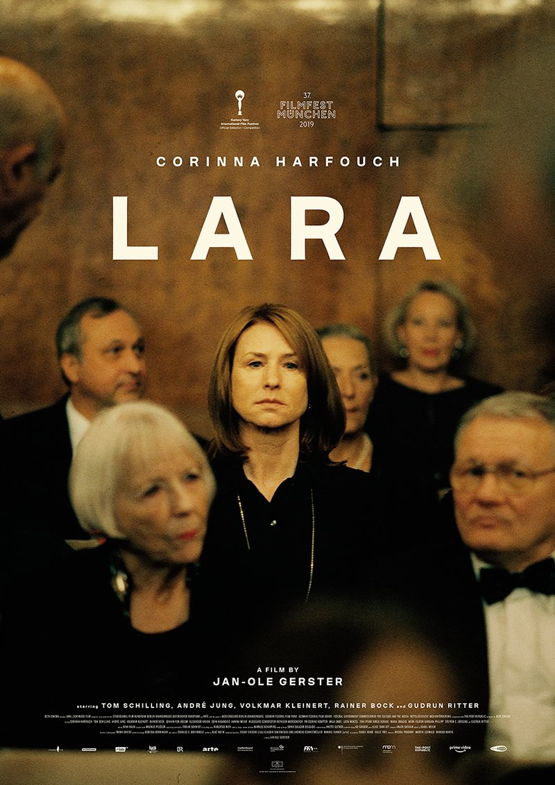"""YES! The wait is over... Jan-Ole Gerster's 2nd film LARA is out in German cinemas now and lead actress Corinna Harfouch touches you with """"heartbreaking vulnerability."""" (SZ) #LARA #laramovie #janolegerster #schiwagofilm #germancinema #kino #kinostart #deutscheskino @STUDIOCANAL_DEpic.twitter.com/ikOdtxxYDc"""