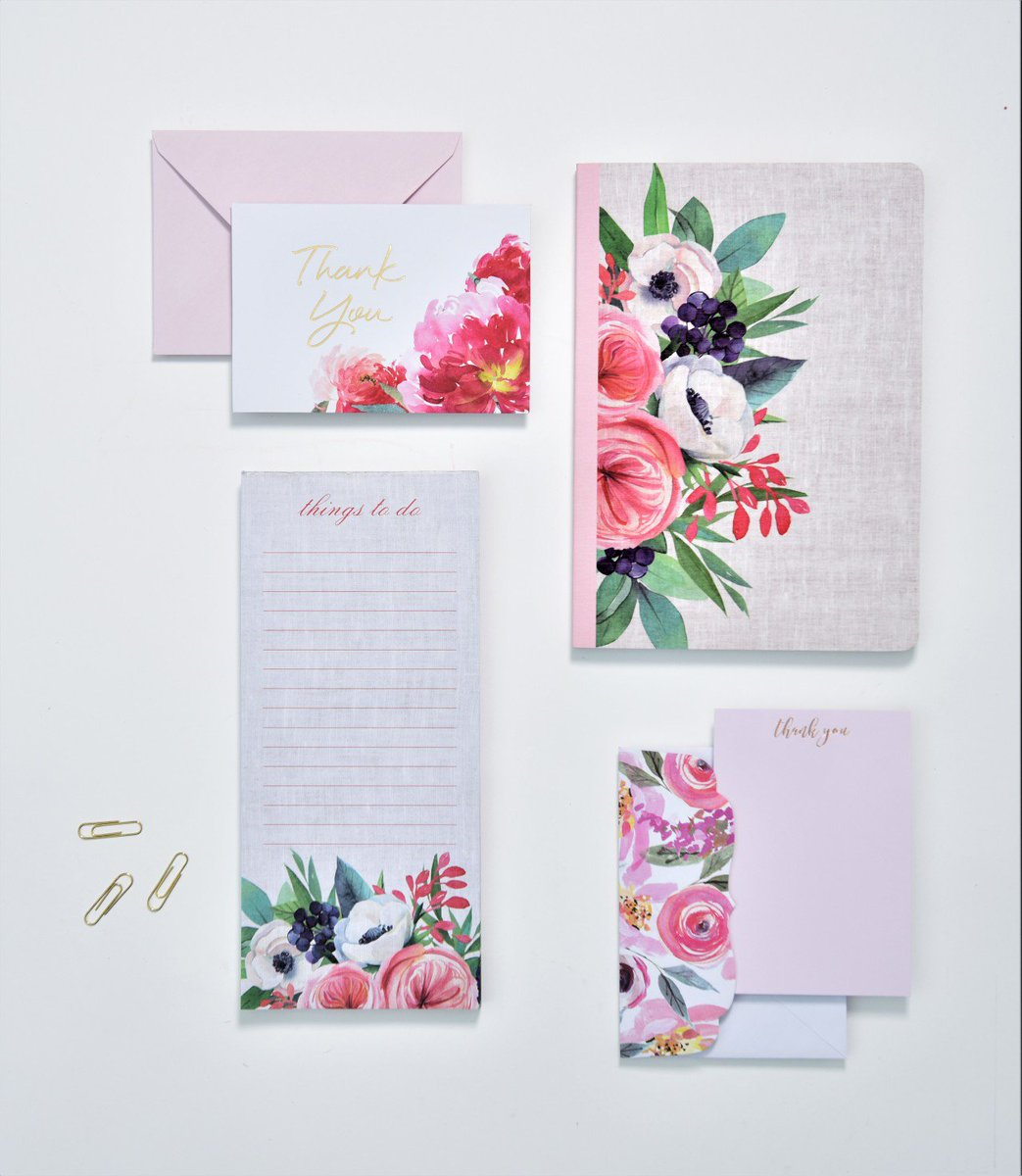 All things floral...jot down notes, create a to-do list and send out a personal note to say thank you. #floraleverything customnotebooks #bulletjournaling #notebooks #journal #writeitdown #school #work #becreative #gartnerstudios #planning #thankyoucards #snailmail #listpads