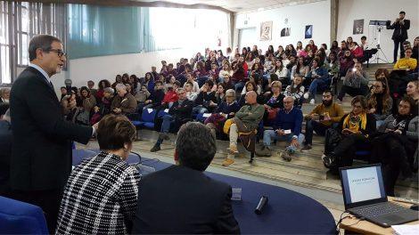 Edilizia scolastica in Sicilia, altri 580 milioni per interventi a disposizione da gennaio - https://t.co/vt5IOnrzmR #blogsicilianotizie