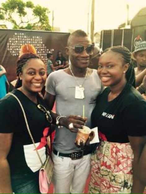 Herh!!!!bro this photo dier lie lie  Happy birthday Asamoah Gyan.....Longlife