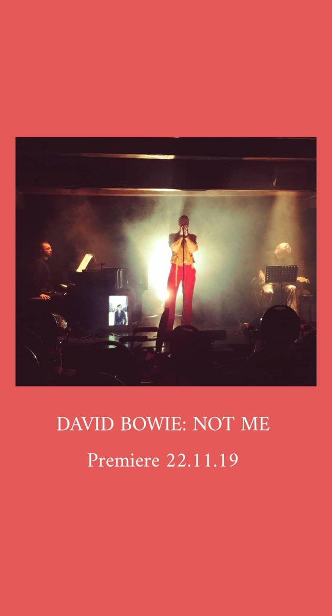 Heute ist es endlich soweit! #Premiere #DavidBowie #Vorfreudepic.twitter.com/2kcifWQ1un