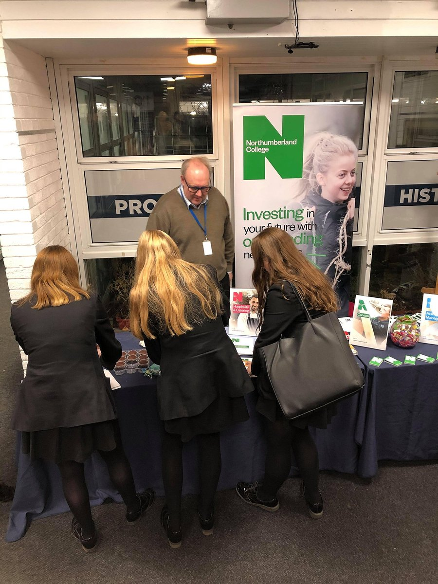 We have a great time yesterday evening at @KEVIMorpeth for their #KEVIInspires event. Lovely to meet lots of keen prospective students!
