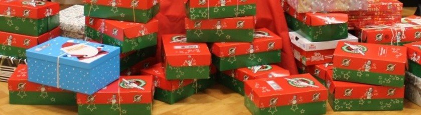 Thank you to all the generous parents and children who have given shoeboxes to #SamaritansPurse to help children in less fortunate countries and help spread some Christmas joy.