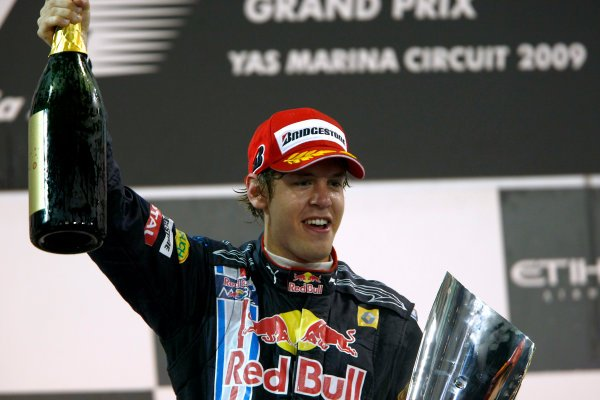 Sebastian Vettel became the first ever F1 driver to win at @ymcofficial in 2009. He got two another victories (2010 and 2013) afterwards.  📸 @MSI_Images  #Seb5 #Vettel #SebastianVettel #AbuDhabiGP