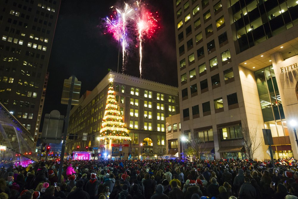 @DowntownPitt's photo on Light Up Night
