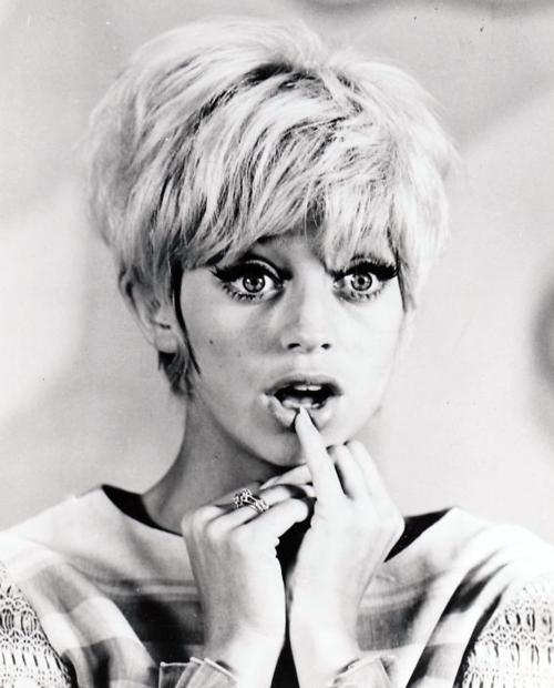 Happy Birthday to Goldie Hawn!
