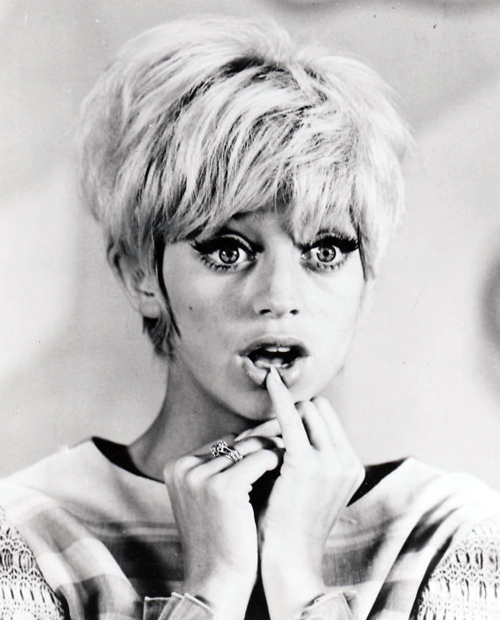 Happy Birthday to Goldie Hawn!