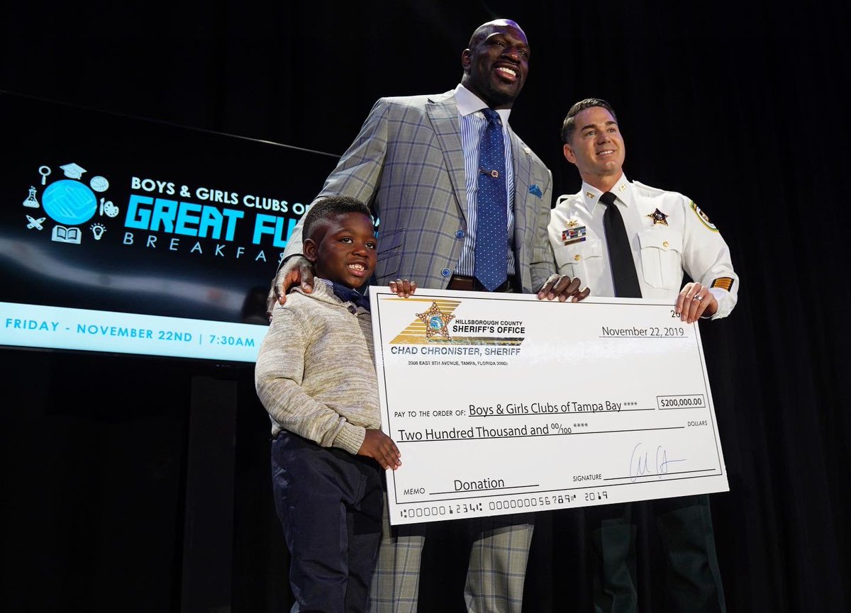 An AMAZING $200,000 was raised for @BGCTampa at this morning's Great Futures Breakfast!  Like @TitusONeilWWE always says... there's no such a thing as a bad kid!  Don't be a bully #BeAStar – at Amalie Arena