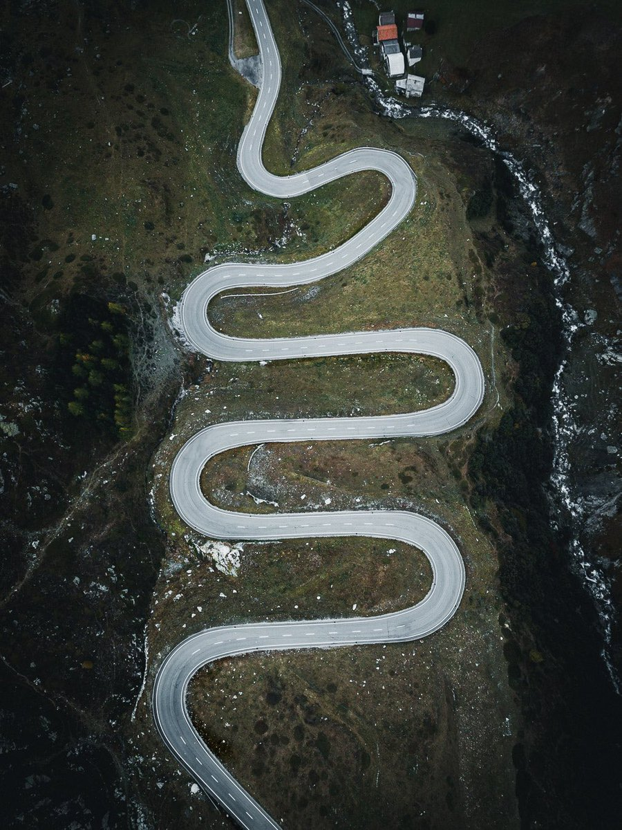 La Suisse et ses routes impressionnantes ! @blacksheepvan @MySwitzerland_f