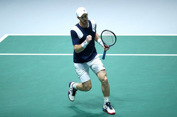 Andy Murray comes back from 1-4 in the 3rd set to beat Tallon Griekspoor 6-7(7), 6-4, 7-6(5) and give GBR the lead vs NED, 1-0. 2h52. Incredible fight. [getty]