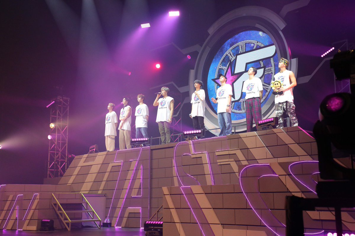 #FANTASTICS が初の全国ホールツアーの横浜公演を行い、来年2月12日に1stアルバム「#FANTASTIC9」の発売と、#LDHPERFECTYEAR のシーズン2で初の全国アリーナツアー開催を発表しました!ライブの模様や、ライブ前の取材など詳報はのちほど!