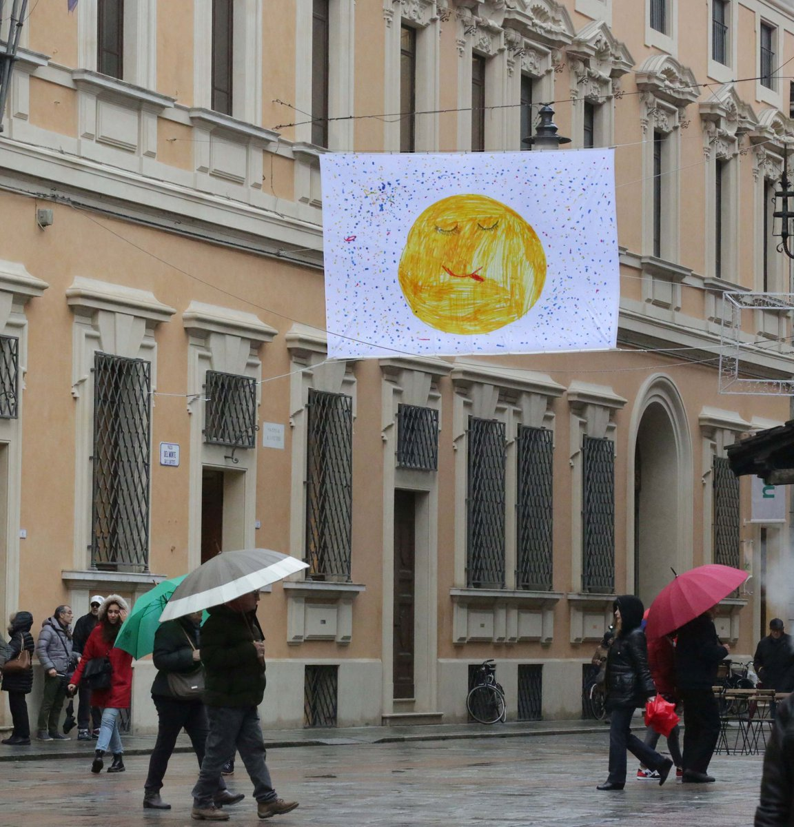 "The city of Reggio Emilia is colored by 100 #Flags4Rights: a repertoire of drawings made by young artists from all over the world.A path of compassion and reflection,not simply ""on""rights,but from rights: denied,lived,lost,dreamed.#F4R#CRC30@UnimoreD @ComuneRE  @Yester_Today_T"