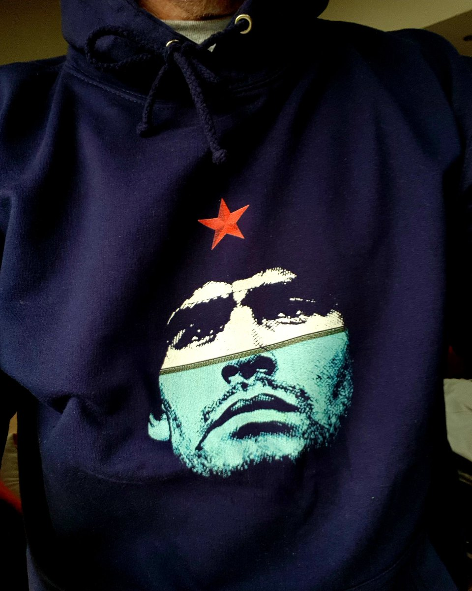 Winter warmers  #tdefutebol #BeDifferent #hoodies #diegomaradona #miketyson #escobar #chile62 Check out the link in our bio or DM us for more.... <br>http://pic.twitter.com/vHcEWWJjnY