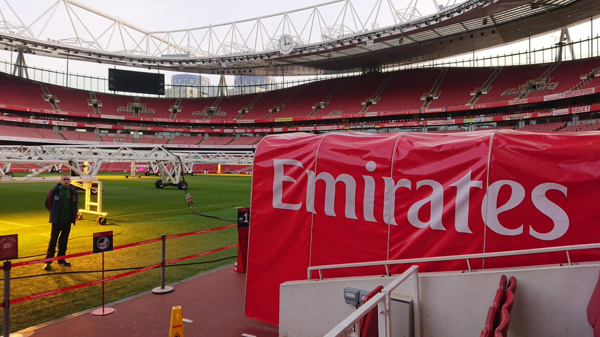 Just a bit chilly filming with @Rootz_TV at The Emirates this afternoon 🥶 Were revamping our Equality & Diversity in Football course. Watch this space!