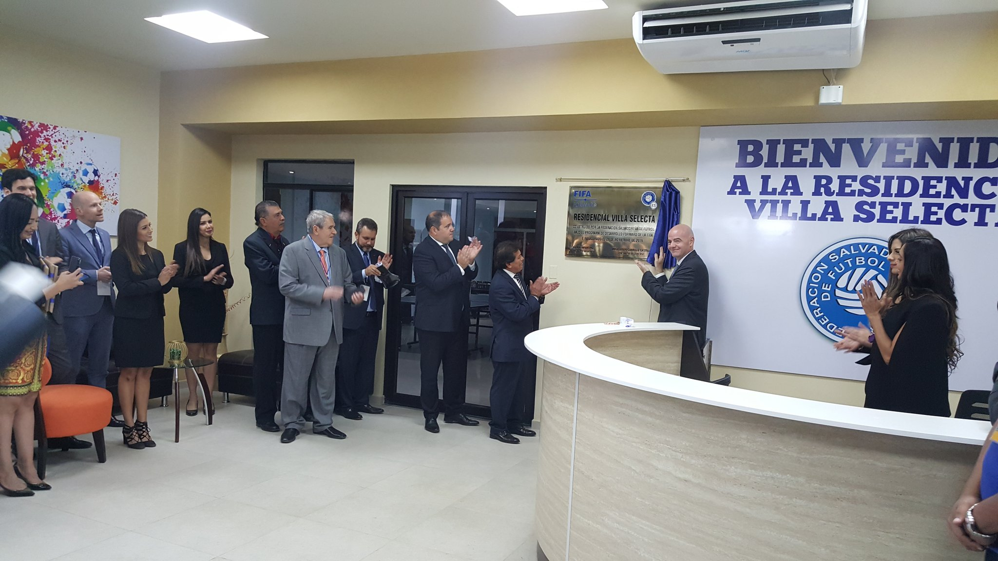 XVIII Congreso Ordinario de UNCAF y visita del presidente de FIFA Gianni Infantino a El Salvador. EJ1JUhIW4AIBUF8?format=jpg&name=4096x4096
