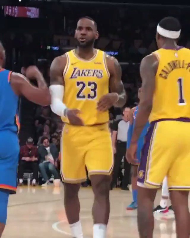 I know you can read and seeing I havent been playing defense the last couple of years, but its a new year. Bron arguing with the ref about a foul 🤣 (via briansher18/IG)
