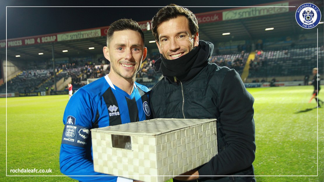 Before kick-off last night, Brian Barry-Murphy presented skipper Ian Henderson with a case of champagne, in recognition of his recent achievements 🍾 Hendo was recently named @SkyBetLeagueOne Player of the Month and @NWFAwards League One Player of the Year 👏 #RAFC