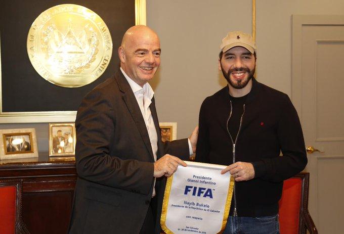 XVIII Congreso Ordinario de UNCAF y visita del presidente de FIFA Gianni Infantino a El Salvador. EJ1_d5fWoAAHJN0?format=jpg&name=small