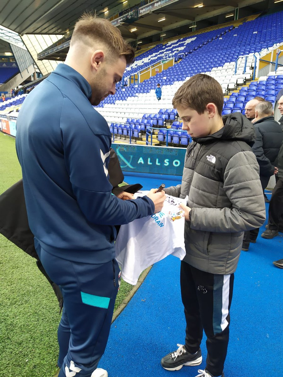 Coventry City (@Coventry_City) on Twitter photo 2019-11-20 19:24:29