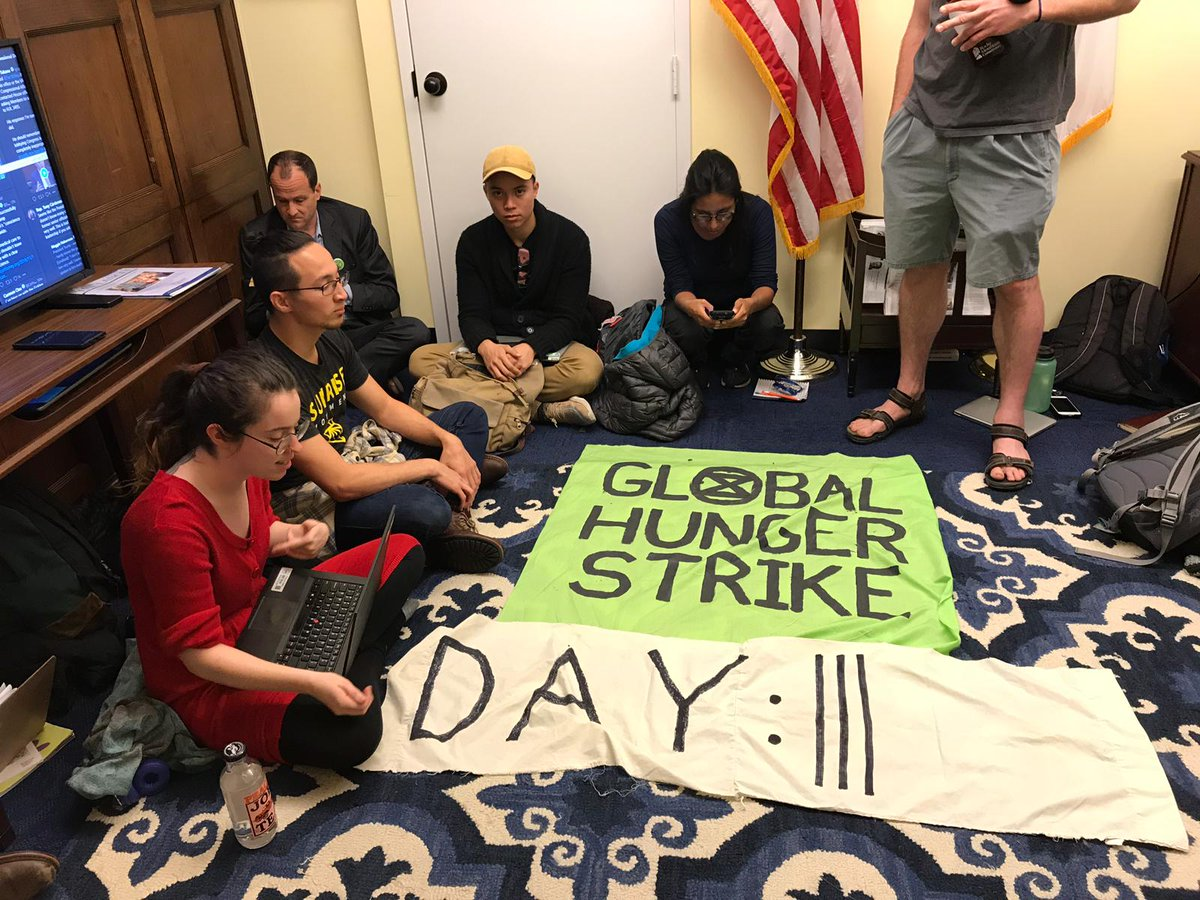 Day 3 of the @ExtinctionR hunger strike and @SpeakerPelosi still refuses to meet with us. The House of Representatives can't even pass a non-binding resolution declaring a climate emergency. If we can't call the crisis an emergency, how can we begin to take real action? 1/4