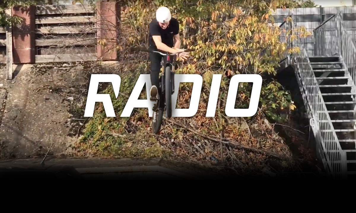 #RT  @AwesomeBike : Must See: Radio teases MTB freecoaster hub, brings BMX tricks to slopes on Griffin & Siren  http://dlvr.it/RJjj1y
