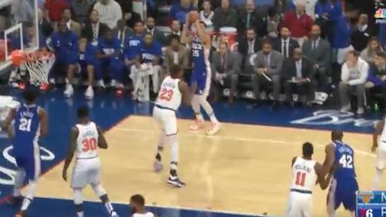 【影片】見證歷史性的一刻!Simmons命中生涯首顆三分球,整個NBA都為之興奮!