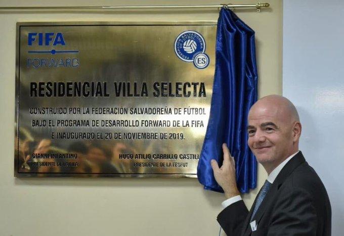 XVIII Congreso Ordinario de UNCAF y visita del presidente de FIFA Gianni Infantino a El Salvador. EJ2FETpW4Ak0Z43?format=jpg&name=small