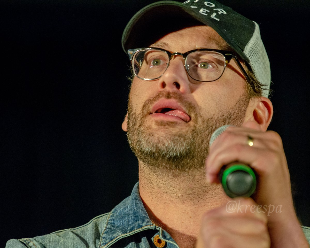1. I think @jasonmanns found some tasty leftovers! 2. I'm sorry Jason. Well, mostly. But you've met me. You get it. #SPNDC Hey you! If you like my pictures, wanna help me win a thing by donating to charity? Every little bit helps. Check it: classy.org/fundraiser/250…