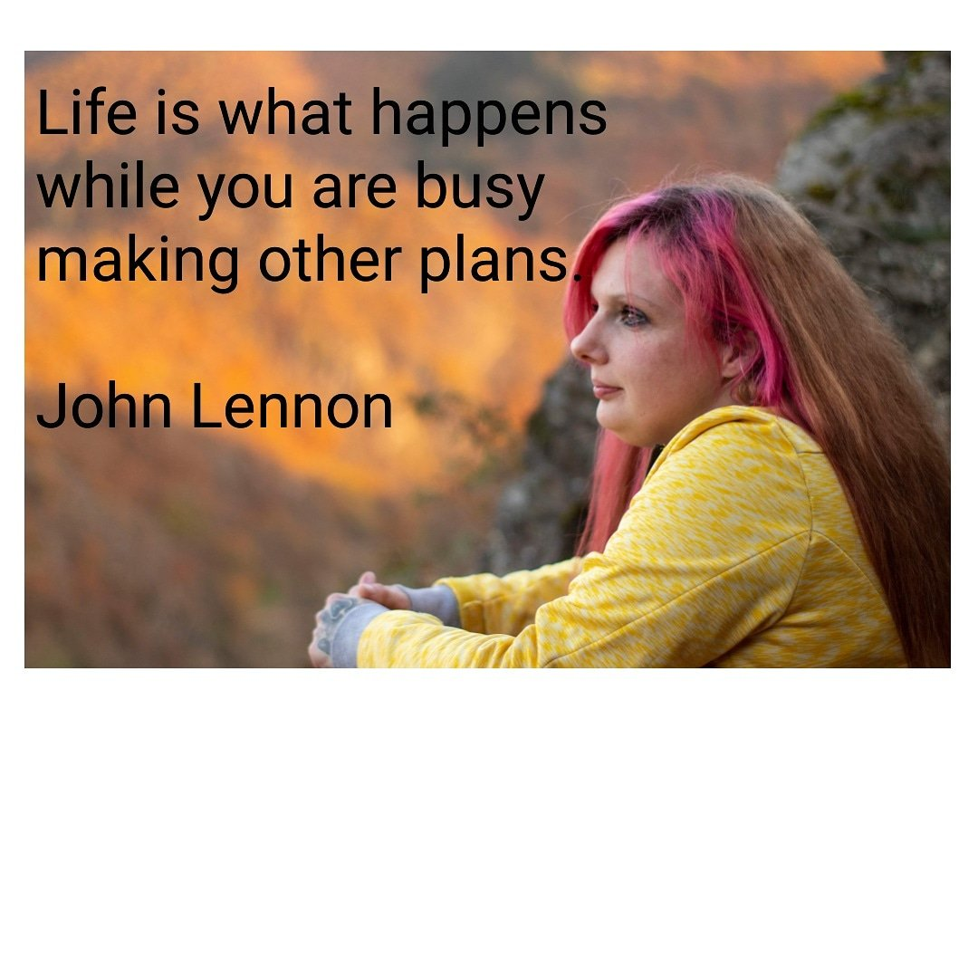 Foto Raja Hennef on Twitter: Life is what happens while you are busy making other plans. John Lennon  #hennef #fotoraja #lennon #quotes #johnlennon #fotograf #portrait #beautiful #woman #life #plans #redhair #distance #love #lifequotes #fotograf #portraitphotography #hintergründe #Background…