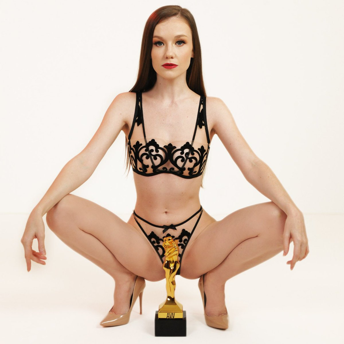 We are counting down to seeing @TheEmilyBloom co-hosting the #AVNAwards