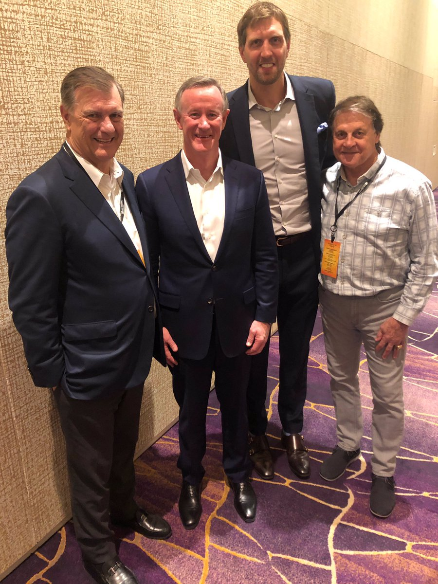 Thank you @tonylarussa and @ARFtweets for having me this past weekend for your 8th annual Leaders & Legends summit. A weekend with inspiring discussions and stories from leaders like Admiral McRaven. Keep up the great work supporting our Vets
